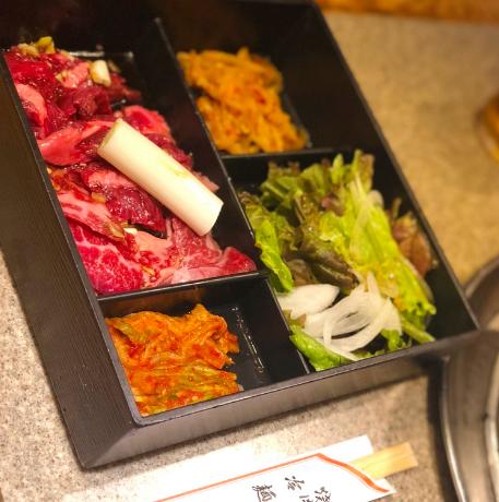 """丁目 ランチ 三 新宿 新宿おすすめランチ24選!""""週7で通いたくなる""""絶品ランチを実食"""